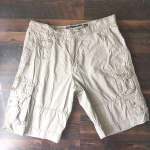 Old Navy loose cargo shorts men's 34